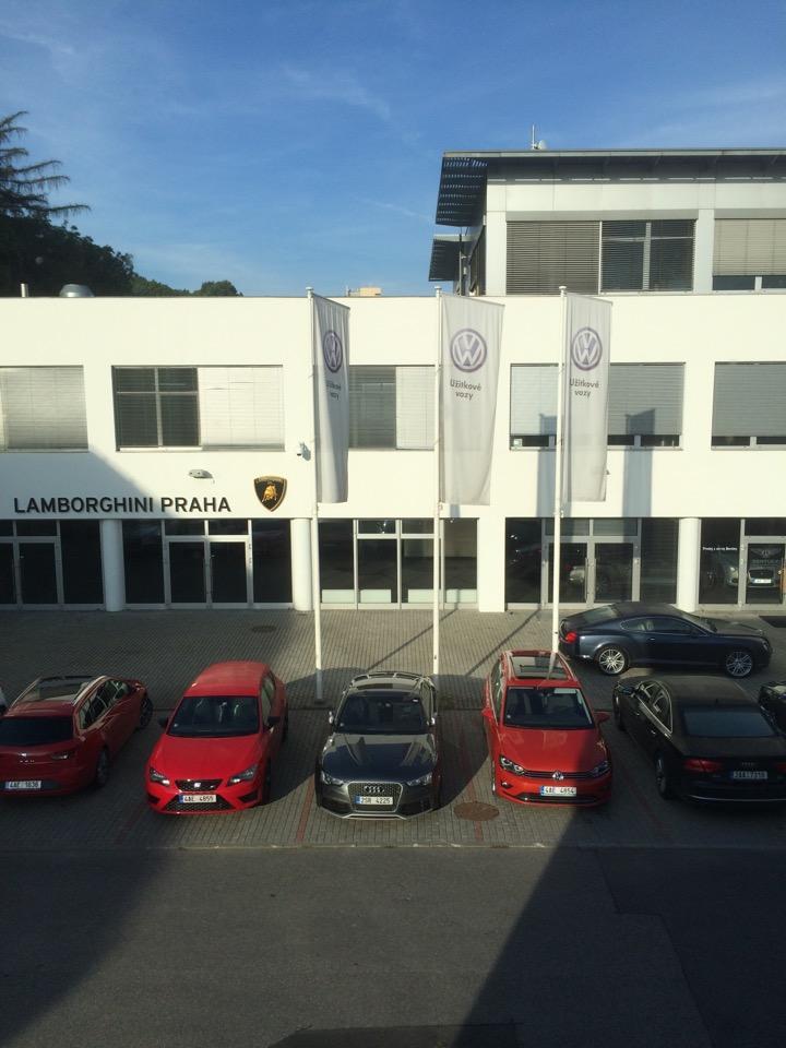 Autosalon Porsche Praha Smíchov