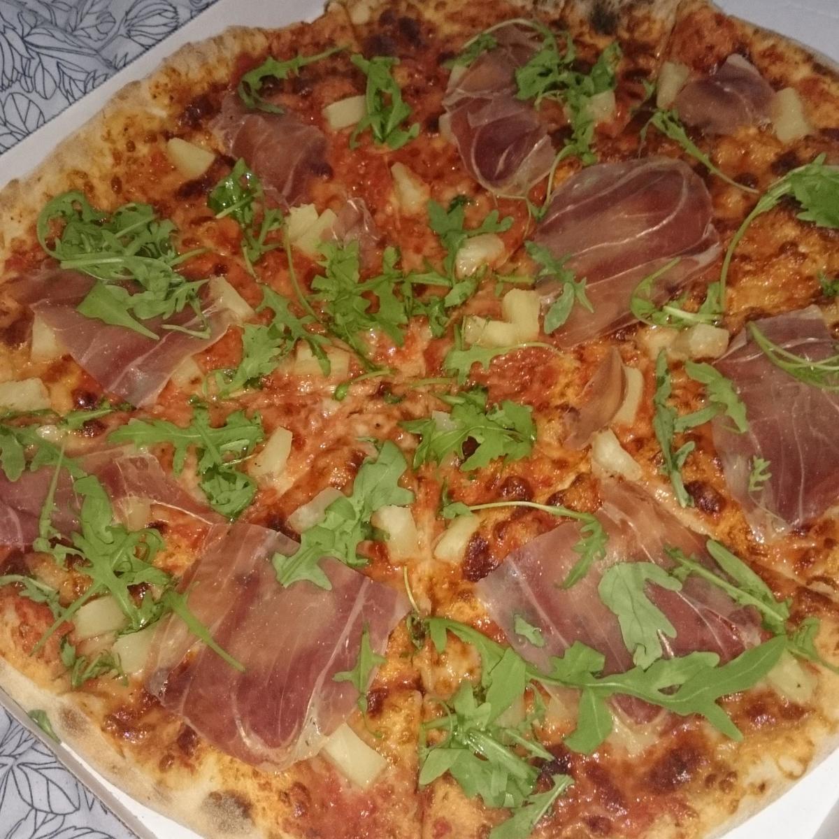 Bistro Pizza Capola