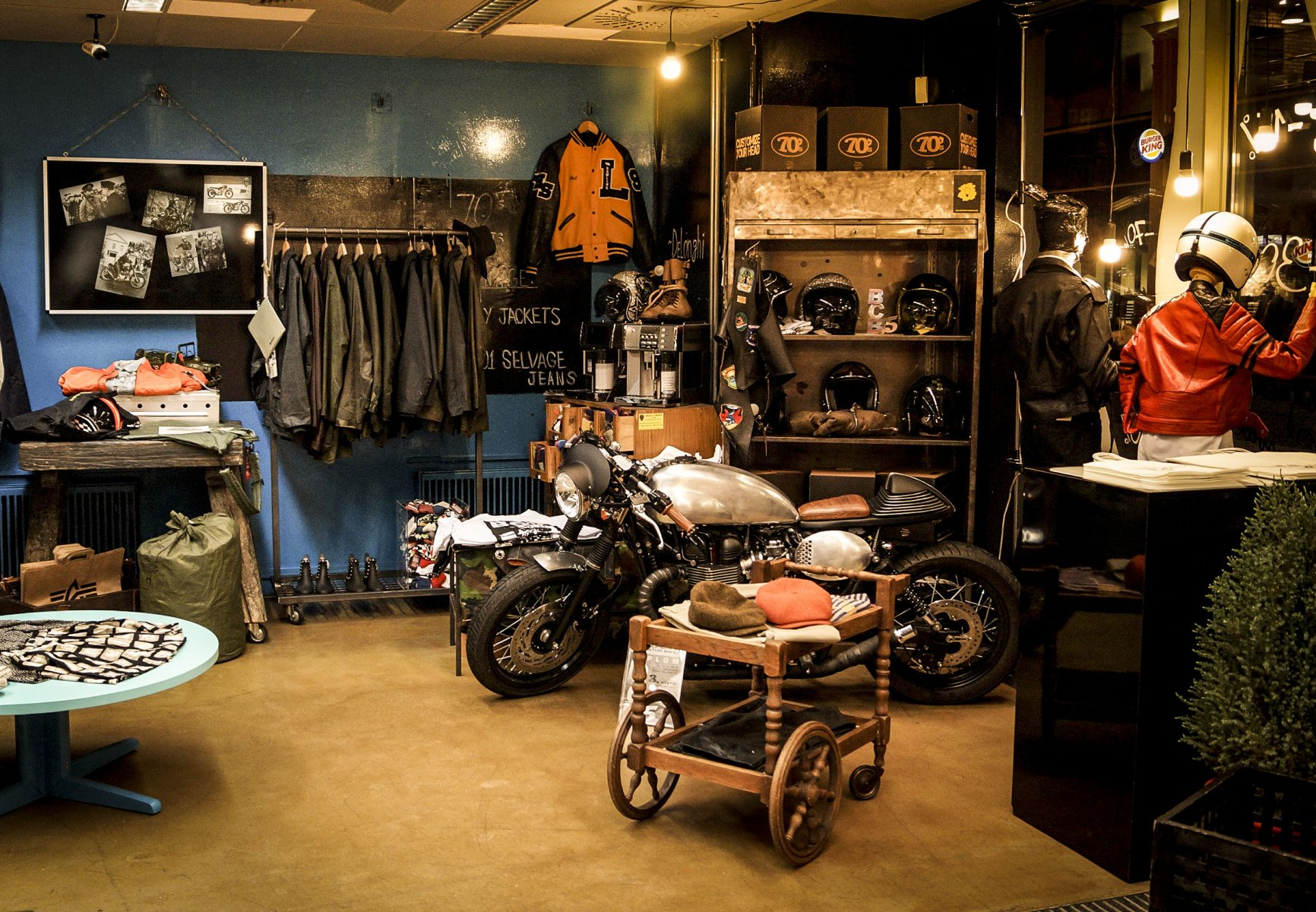 Obchod s oděvy The Address Idea