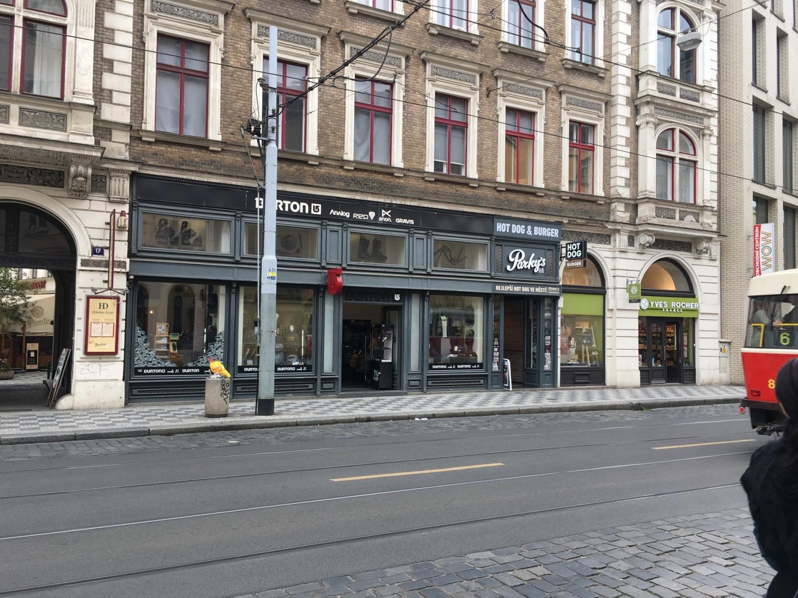 Obchod Store 13